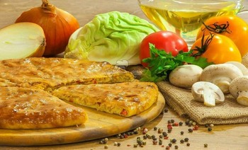 Pie with cabbage, mushrooms, tomatoes and herbs - 3piroga.ua